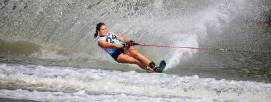 Camille Poulain-Ferarios, triple vice-championne du monde en ski nautique